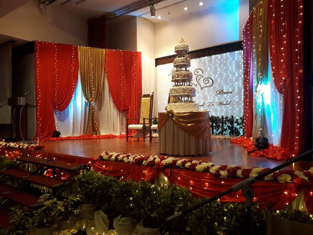 SHARETHA ENTERTAINMENT DECO