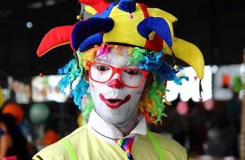 Sina De creation Magician Clown