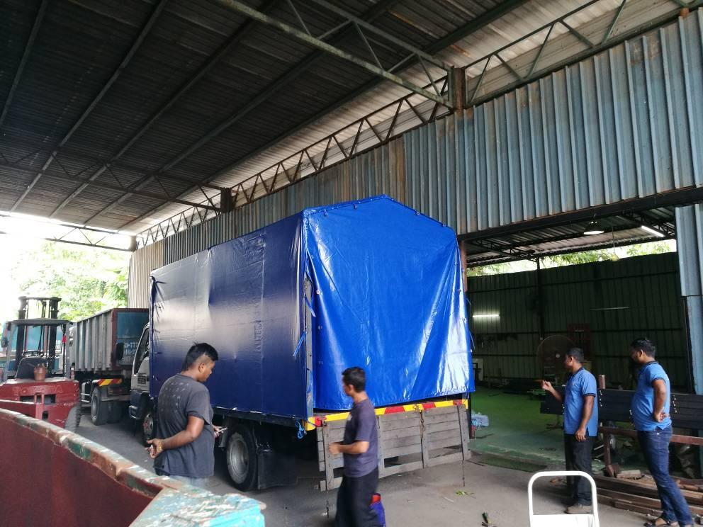 Manufacturing Canopy and Canvas